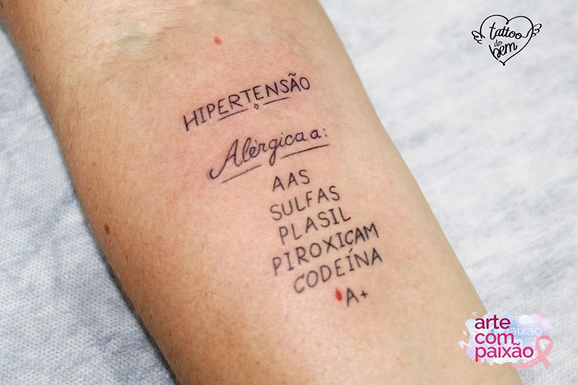 55865055 1357947674343467 8899683364190027776 o - Tatuagem de segurança: arte com alertas de saúde