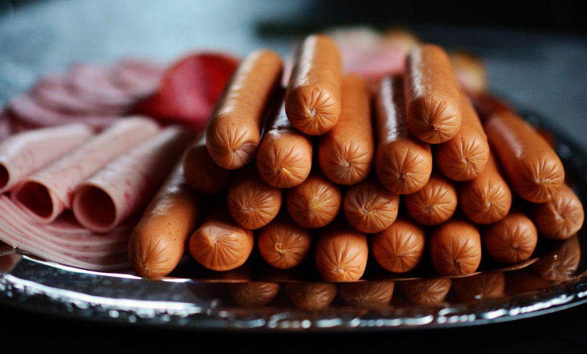 beef close up delicious diet 357576 2 scaled - Estes são os 10 alimentos mais perigosos que você consome regularmente