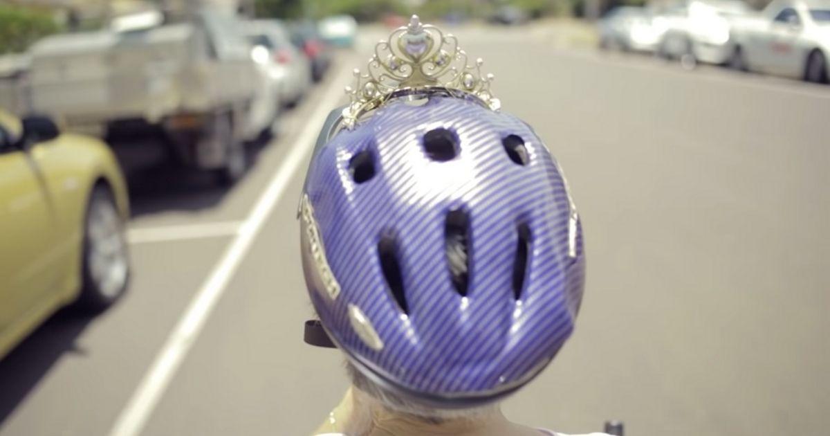 Design sem nome - Marido inventa uma bicicleta especial para passear com a esposa com Alzheimer