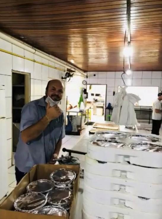 IMG 5100 - Churrascaria doa marmitas aos caminhoneiros que sofrem devido a pandemia