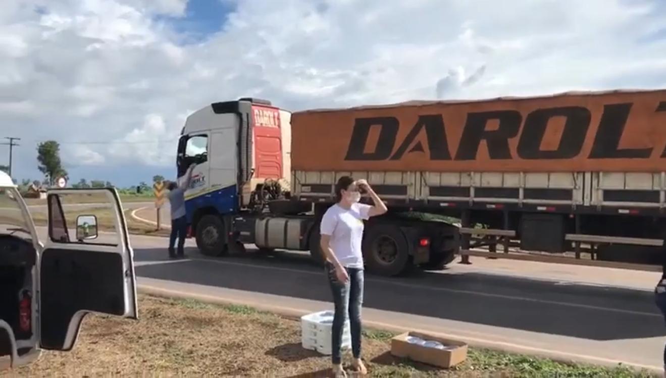 IMG 5101 - Churrascaria doa marmitas aos caminhoneiros que sofrem devido a pandemia