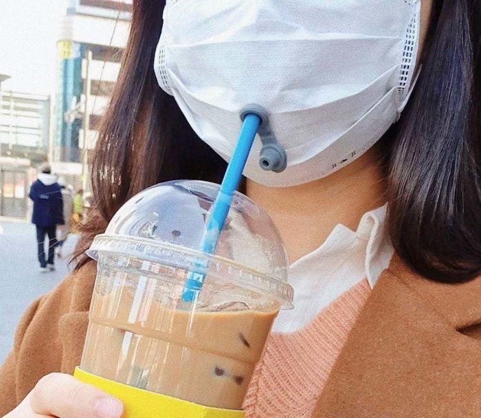 5e901b84f1c0a amap4zngwno41 700 - Pessoas mostram máscaras criativas para usar durante a pandemia