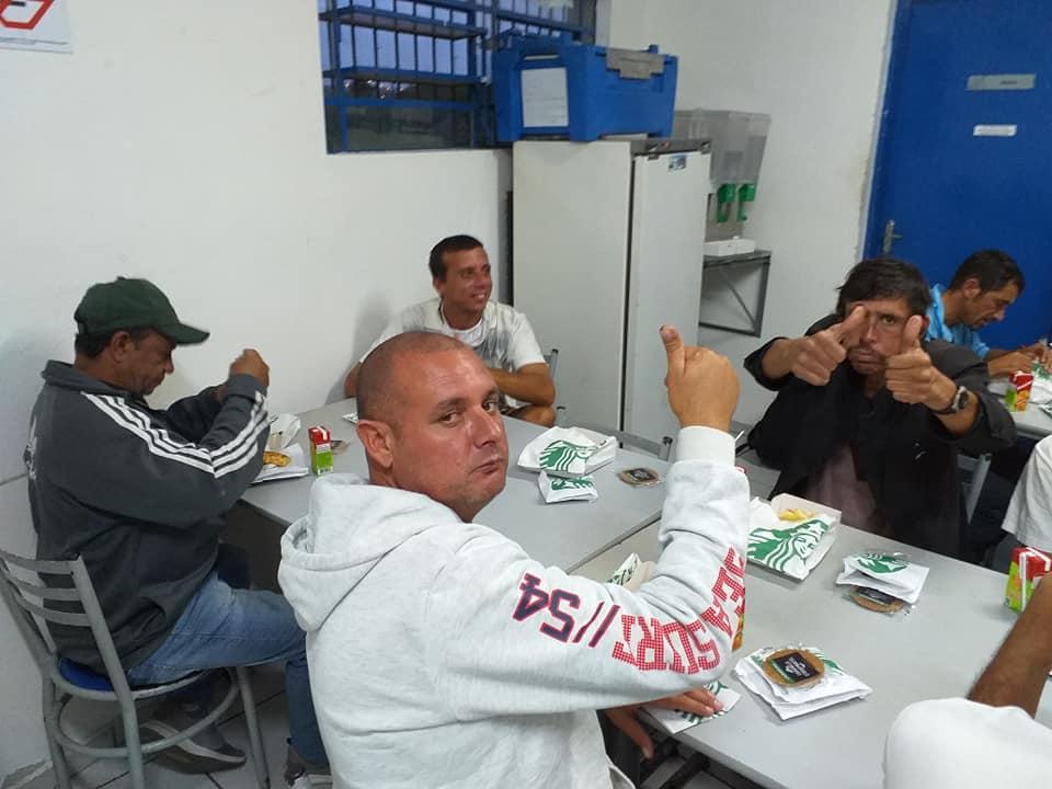 97168718 1126388781058701 7553329469012836352 n - Starbucks Brasil promove café da tarde para moradores de rua de Jundiaí, interior de São Paulo
