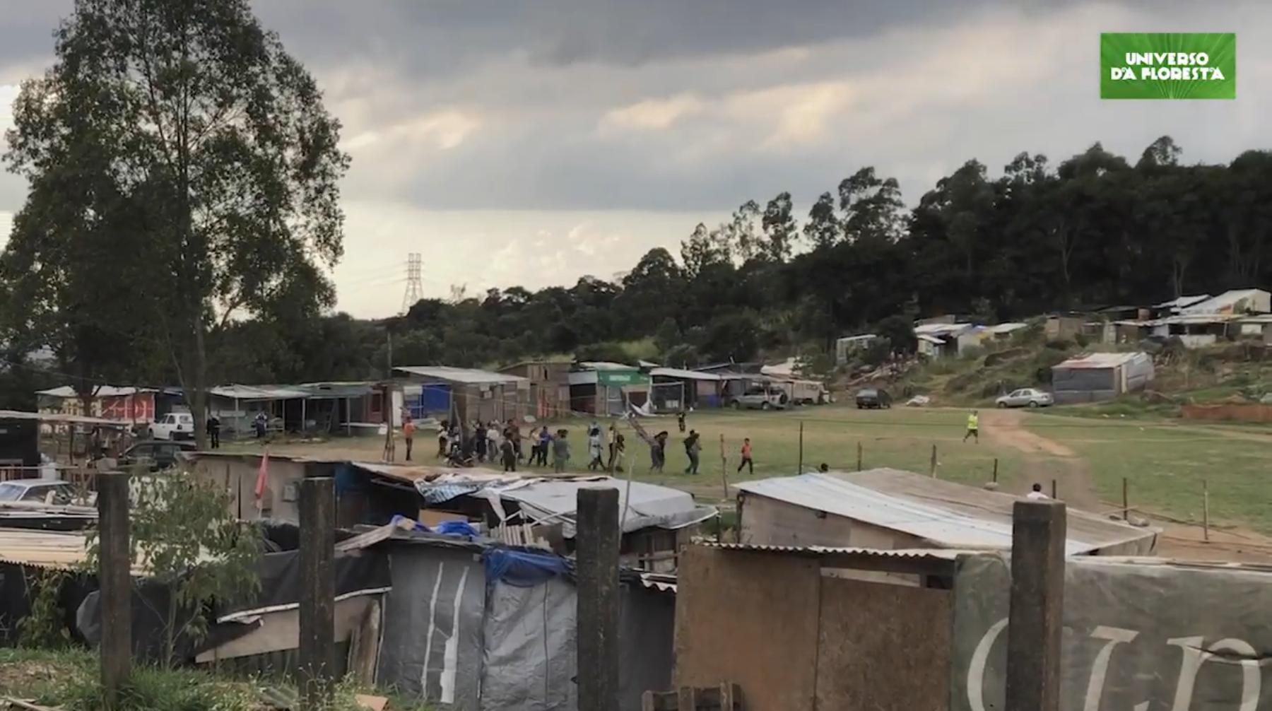 2020 07 07 - Campo de futebol vira horta orgânica para alimentar mais de mil famílias