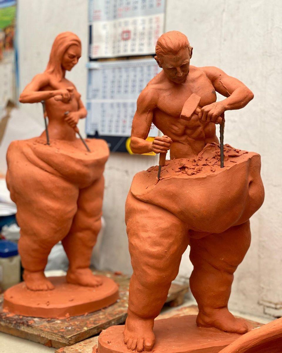 120090087 128409608974121 362529550508247286 n scaled - Esculturas deste artista mexicano mostram o trabalho árduo para conquistar o 'corpo perfeito'