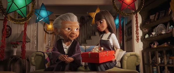 disney uk christmas ad filipino grandma and mickey 3 5faa5d8311634 700 - Anúncio de Natal da Disney está fazendo todo mundo chorar de emoção
