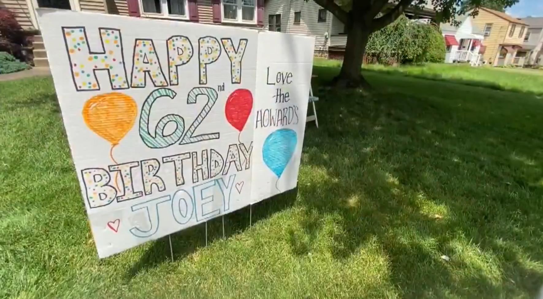 2021 05 12 12 - Mãe celebra 62º aniversário com filho que os médicos disseram que não viveria além dos 11 anos