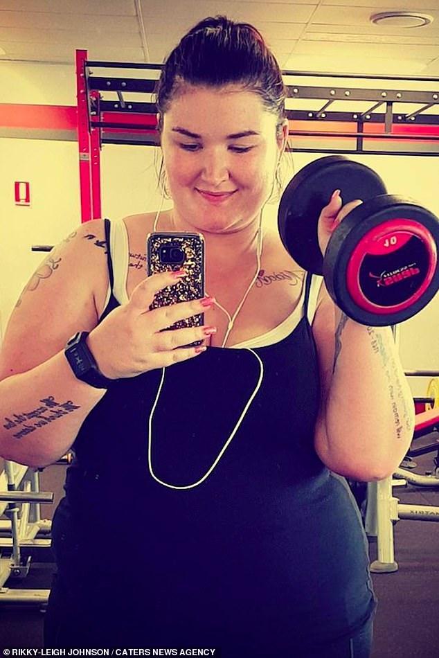 """essa mae deixa ex que a chamava de porca gorda emagreceu 93 kg e tem outro namorado 3 - Essa mãe deixa ex que a chamava de """"porca gorda"""", emagreceu 93 Kg e tem outro namorado"""